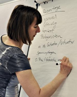 Britta gibt einen Workshop