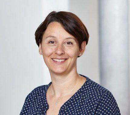 Barbara Stromberg lächelt
